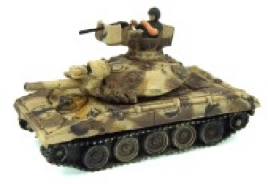 US Tank WW2 with soldier WTM 1/144
