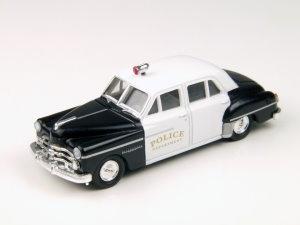 Dodge Meadowbrook 4-Türer Polizei-Auto 1950 Spur H0 CMW 30246